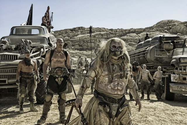 http://moviemag.ir/images/phocagallery/1/Mad_Max_Fury_Road/thumbs/phoca_thumb_l_10.jpg