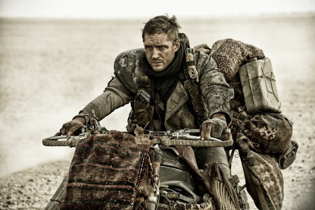 http://moviemag.ir/images/phocagallery/1/Mad_Max_Fury_Road/thumbs/phoca_thumb_l_5.jpg