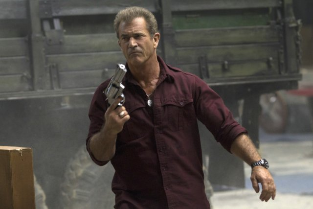 http://moviemag.ir/images/phocagallery/1/The_Expendables_3/thumbs/phoca_thumb_l_17.jpg