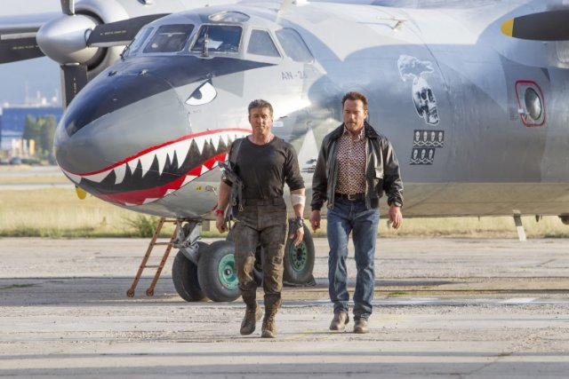 http://moviemag.ir/images/phocagallery/1/The_Expendables_3/thumbs/phoca_thumb_l_9.jpg