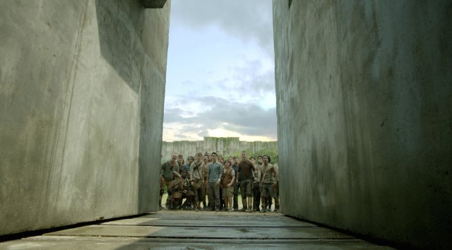 http://moviemag.ir/images/phocagallery/1/The_Maze_Runner/thumbs/phoca_thumb_l_4.jpg