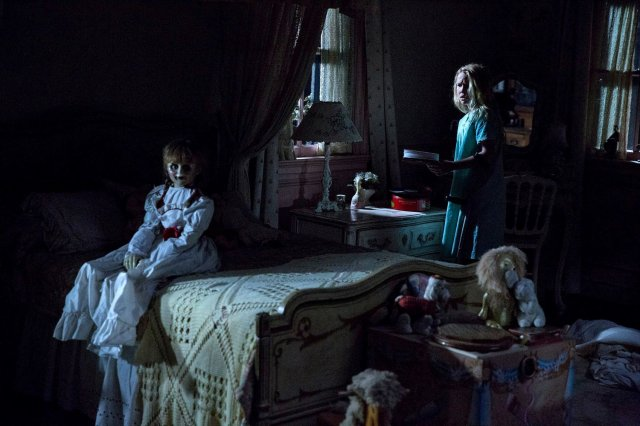 http://moviemag.ir/images/phocagallery/9016/Annabelle_Creation/thumbs/phoca_thumb_l_3.jpg