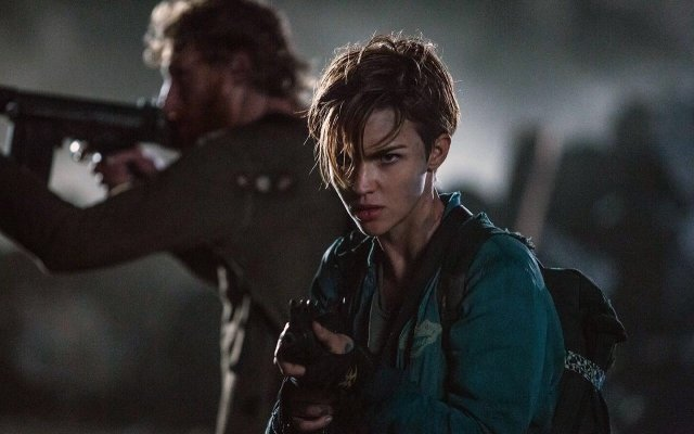 http://moviemag.ir/images/phocagallery/9017/Resident_Evil_The_Final_Chapter/thumbs/phoca_thumb_l_4.jpg