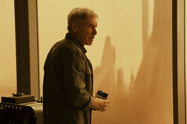 http://moviemag.ir/images/phocagallery/9018/Blade_Runner_2049/thumbs/phoca_thumb_l_8.jpg