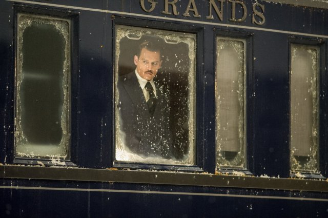 http://moviemag.ir/images/phocagallery/9018/Murder_on_the_Orient_Express/thumbs/phoca_thumb_l_1.jpg