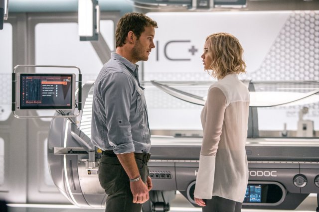 http://moviemag.ir/images/phocagallery/9018/Passengers/thumbs/phoca_thumb_l_7.jpg