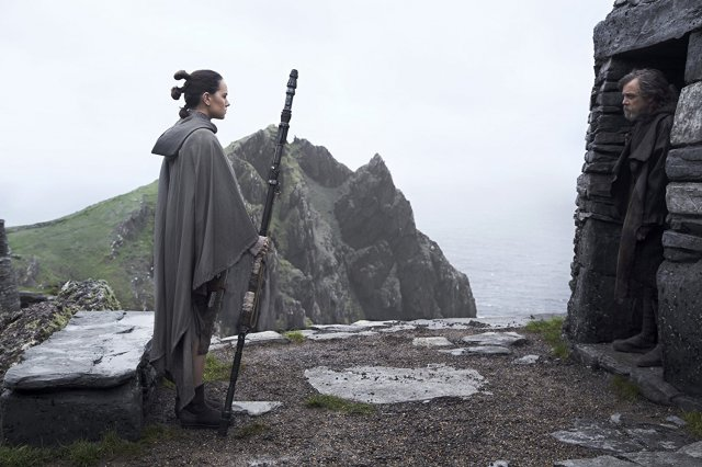 http://moviemag.ir/images/phocagallery/9018/Star_Wars_The_Last_Jedi/thumbs/phoca_thumb_l_16.jpg