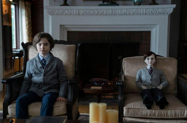 https://moviemag.ir/images/phocagallery/9019/Brahms_The_Boy2/thumbs/phoca_thumb_l_2.jpg