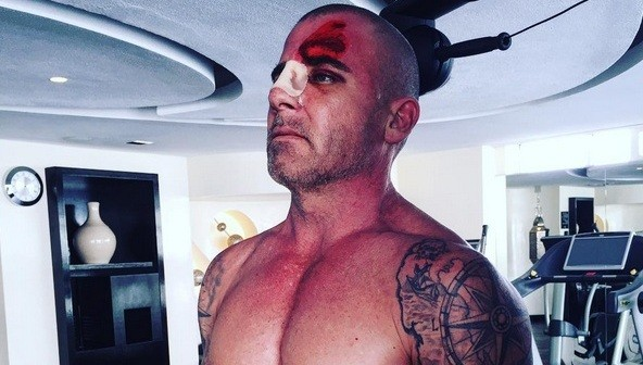 0 0 Dominic Purcell 04