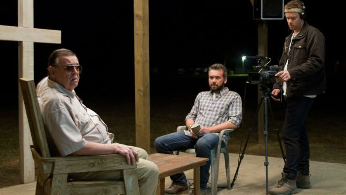 http://moviemag.ir/images/pics/62/News/1/1/40/The-Sacrament-w700.jpg