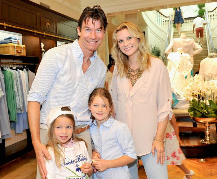 Jerry OConnell Rebecca Romijn Twin Daughters LA PopSugar GH content 750px w700