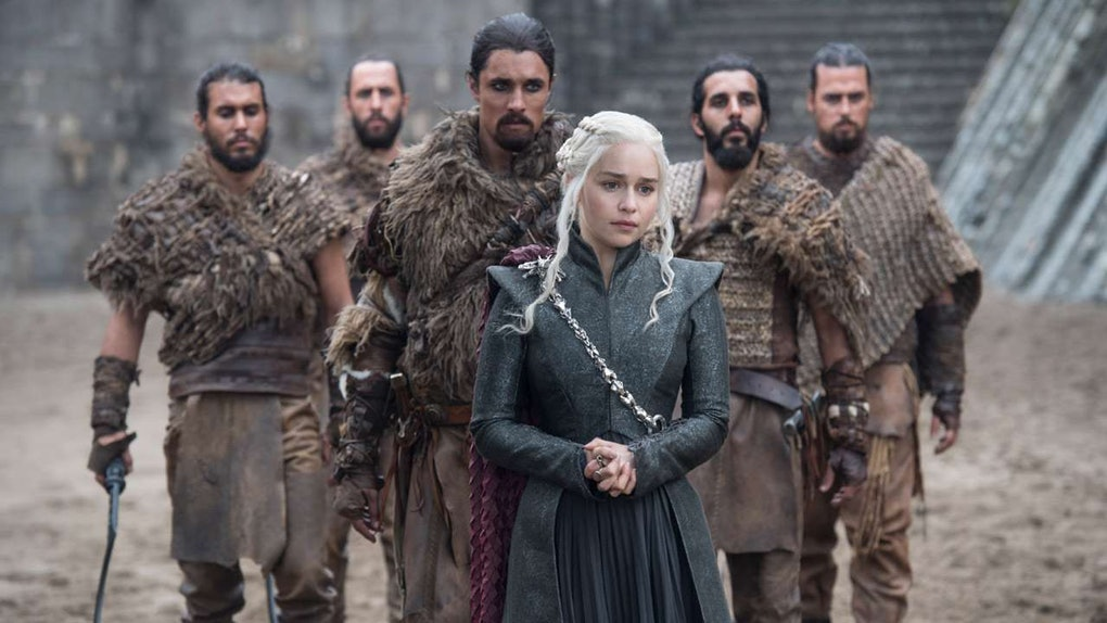 ab06bca6 3b39 4f32 bf2f ed42ac0f6582 691646 emilia clarke with the dothraki army in a still from game of thrones s7 episode 5 eastwatch